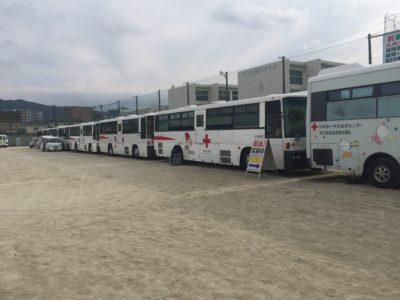 第41回献血活動:献血車が7台集結